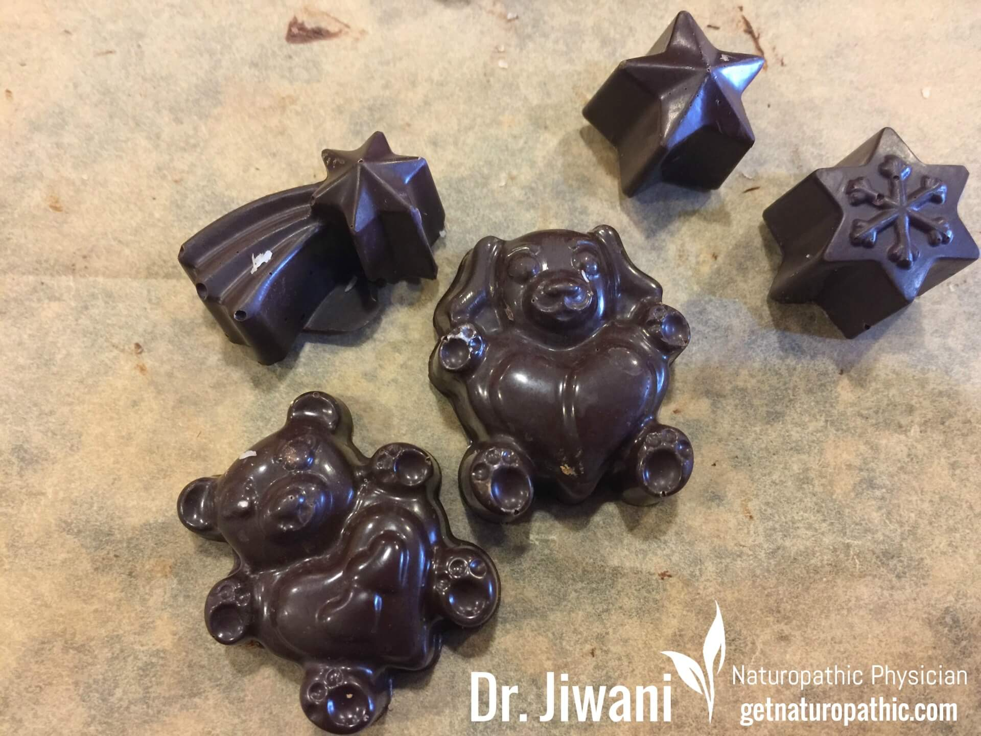 Dr. Jiwani's Dark Chocolate Low Carb Delights: Recipe for Homemade Dark Chocolate for a sweet guilt-free escape without the chemicals & allergens while Sugar-Free, Dairy-Free, Soy-Free & Gluten-Free